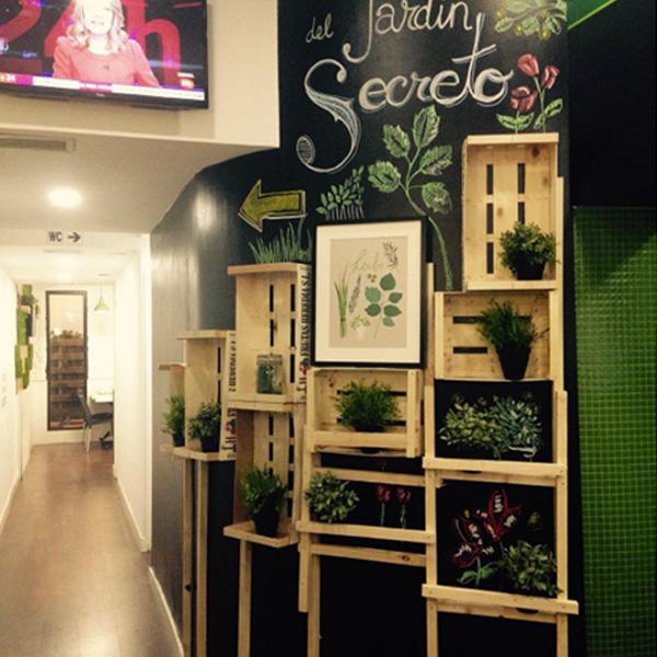 Decoracion cafeterias cafe tortoni photojpg ideas y for Decoracion cafeteria